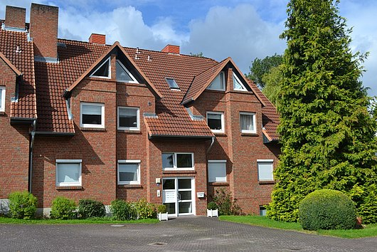 Ihr Haus im Haus in Mönkeberg - 3-Zimmer-Maisonette mit Loggia und Stellplatz