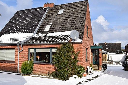 Klein und Mein - Gemütliche Doppelhaushälfte in Melsdorf