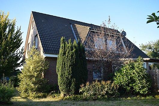 Hier sind wir Zuhause - Großes Einfamilienhaus + Pferdekoppel in Dätgen
