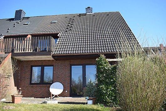 Doppelhaushälfte mit Garage in Pülsen
