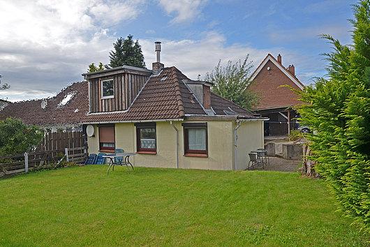 Gemütliche Doppelhaushälfte in ruhiger Lage von Wattenbek