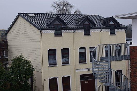 Mehrfamilienhaus mit 4 Wohnungen und 3 Garagenplätzen in Schleswig nahe der Innenstadt