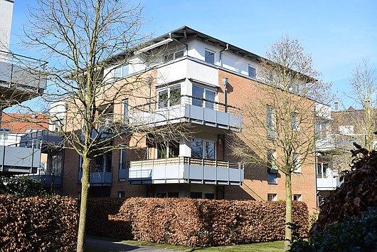 Sonniges Penthouse mit Fahrstuhl und Tiefgarage in sehr ruhiger Kieler Citylage