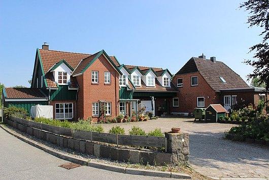 Landtraum mit 4 Wohnungen nahe der Ostsee