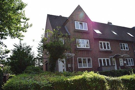 Individuelle Maisonette- Eigentumswohnung mit kleinem Garten in Kiel-Elmschenhagen