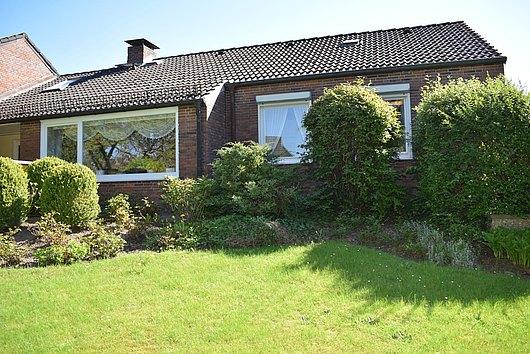 Ein Haus für jede Altersklasse - Bungalow in Kiel Russee