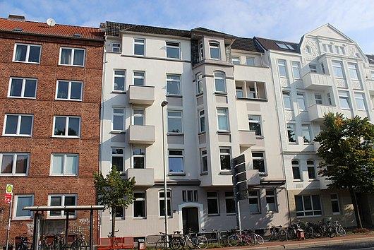 Eigentumswohnung mit Kamin und 2 Balkonen in Kiel-Ravensberg