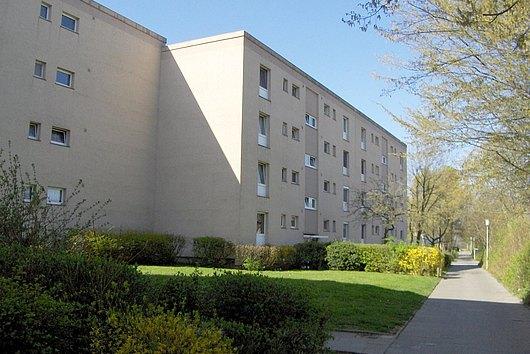 Nur noch Einziehen - Modernisierte ETW in ruhiger Lage von Kiel-Mettenhof