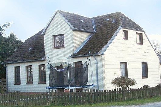 Solides Dreifamilienhaus nahe Schleswig in Gammellund