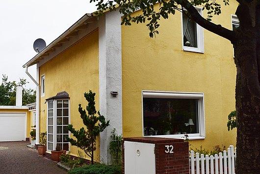 Großzügige Doppelhaushälfte in sehr ruhiger Lage von Kiel-Ellerbek