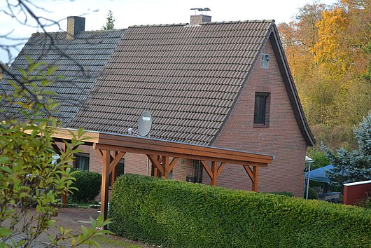 Umfangreich modernisierte Doppelhaushäfte am Kronsburger Gehege