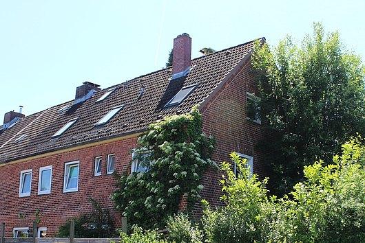 Reihenendhaus mit Vollkeller und Garage in Kiel-Elmschenhagen