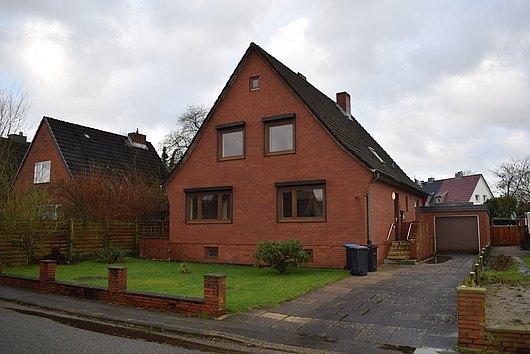 Einfamilienhaus mit Einliegerwohnung in Meimersdorf