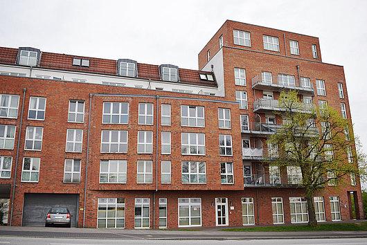 Moderne 2-Zi.-Maisonette-Wohnung nahe der Hörn mit großem Balkon, Lift und TG-Stellplatz