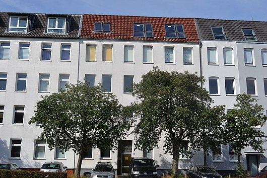Solides, gepflegtes Zinshaus mit beträchtlicher Ausbaureserve in Kiel-Hassee