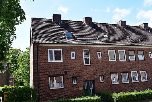 In sehr ruhiger Lage - vermietete 2-Zimmer-Eigentumswohnung in Kiel-Ellerbek