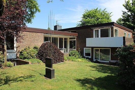 Bungalow im Bauhaus-Stil in Rendsburg-Hohe Luft